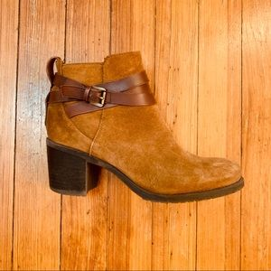 Sam Edelman brown suede buckle ankle boots. 7.5